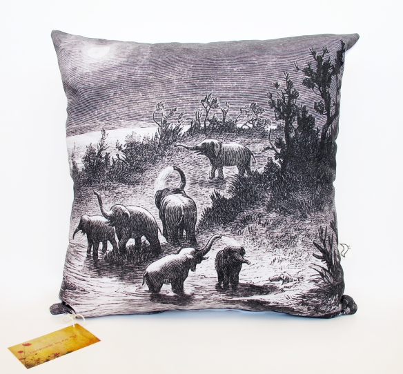 Elephants_Cushion