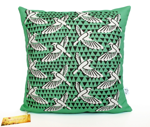 DecoBirds_G_Cushion