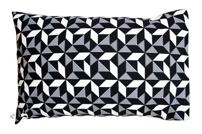 GeoMono_Pillowcase